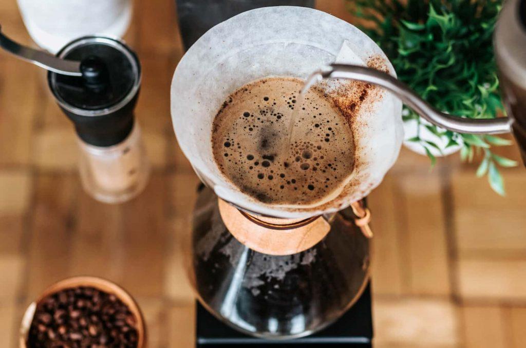 ドリップコーヒーを淹れる